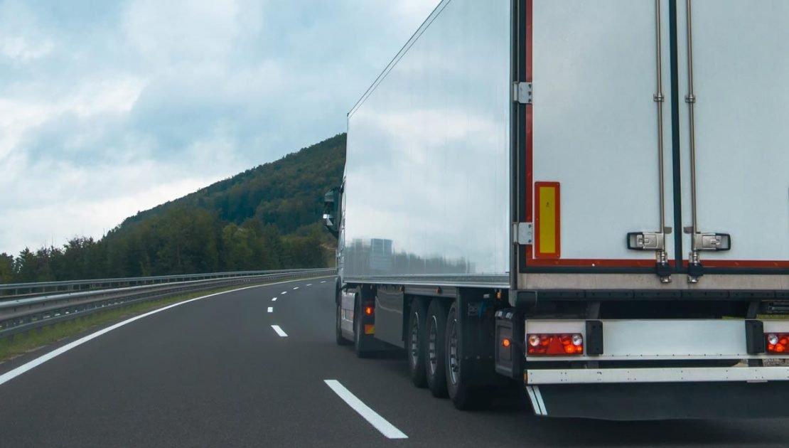 Transporte terrestre de carga