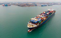 Transporte marítimo de contenedores